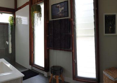 bathroom-woodwark-bay-retreat-eco-accommodation-whitsundays